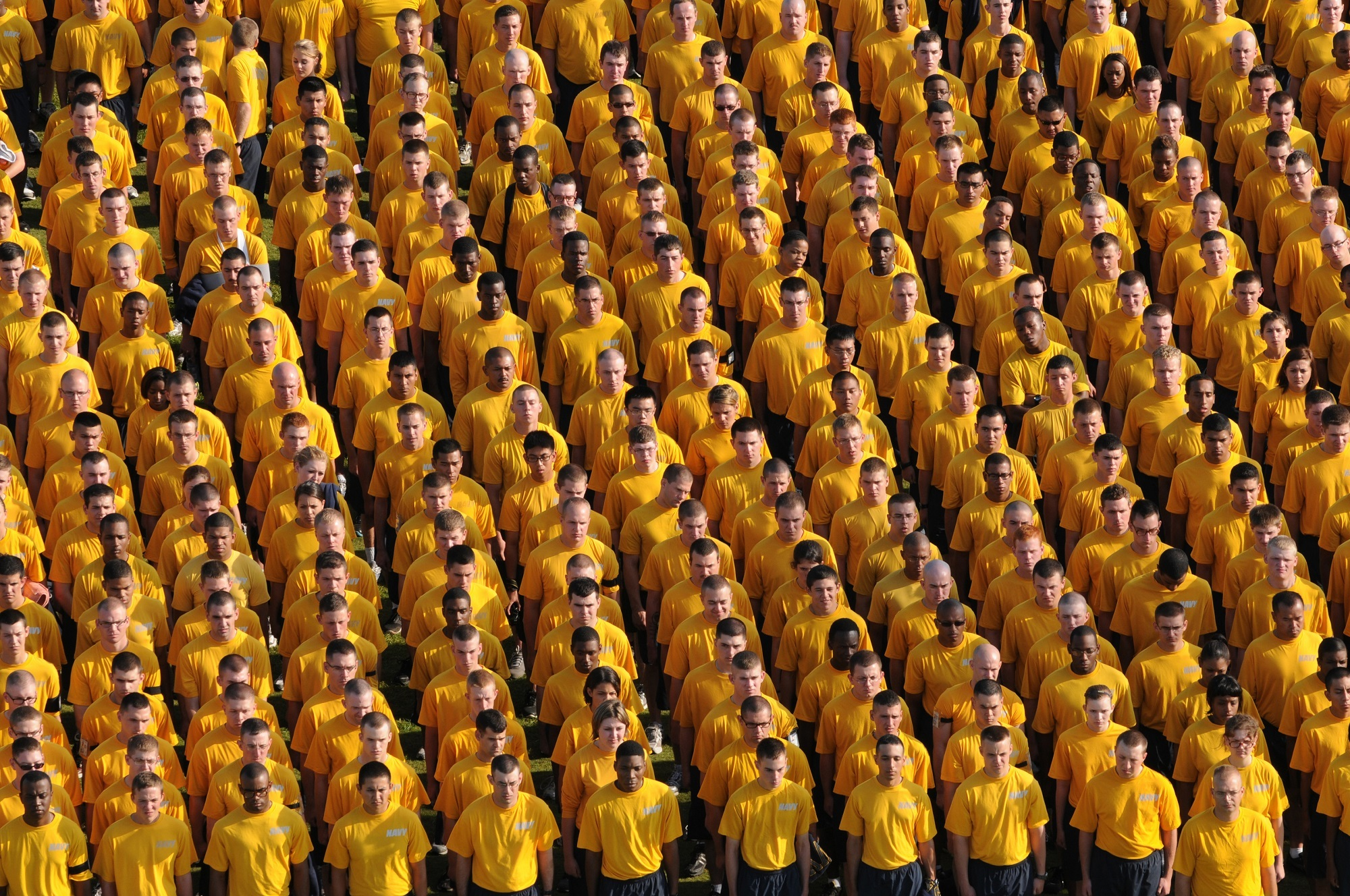 tips to stand out in the crowd - job 30 days